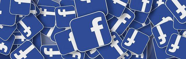 Nejrozšířenější sociální síť monitoruje veškeré zprávy svých klientů